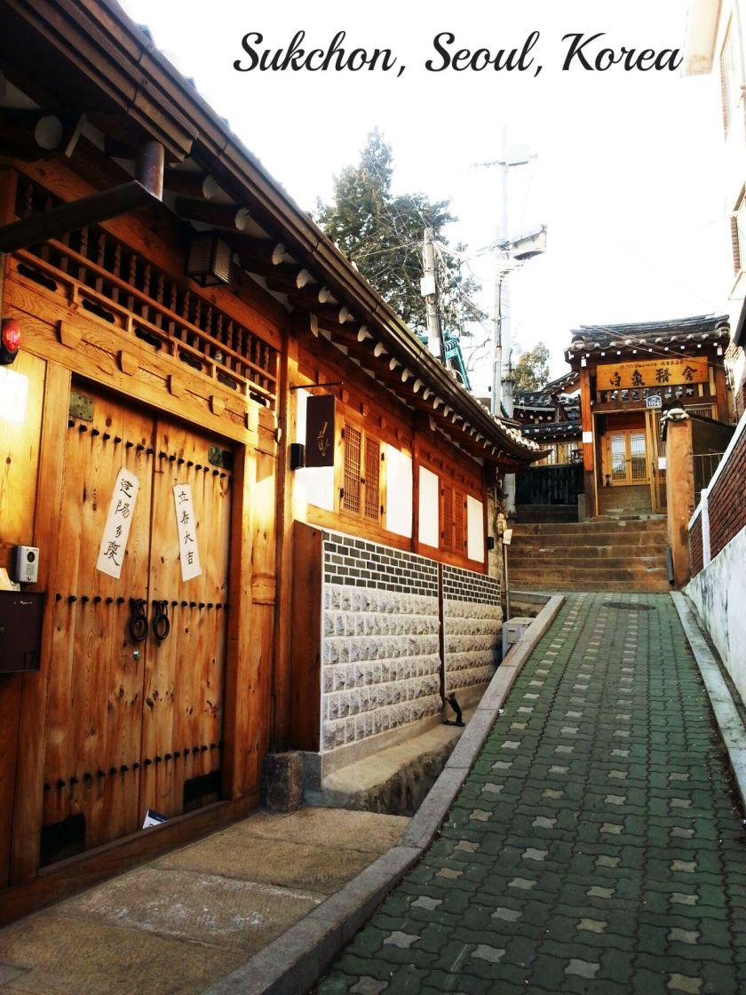 bukchon-hanok-village-_12235117745_o