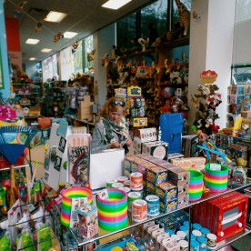 finnegans gifts and toys