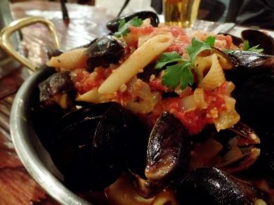 mussels giani's napoli pizzeria garosugil seoul 2