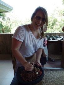 Paon Cooking Class Ubud Making Peanut Sauce 3