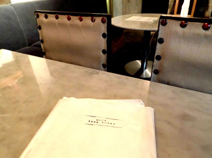 Cafe Long Bread 001