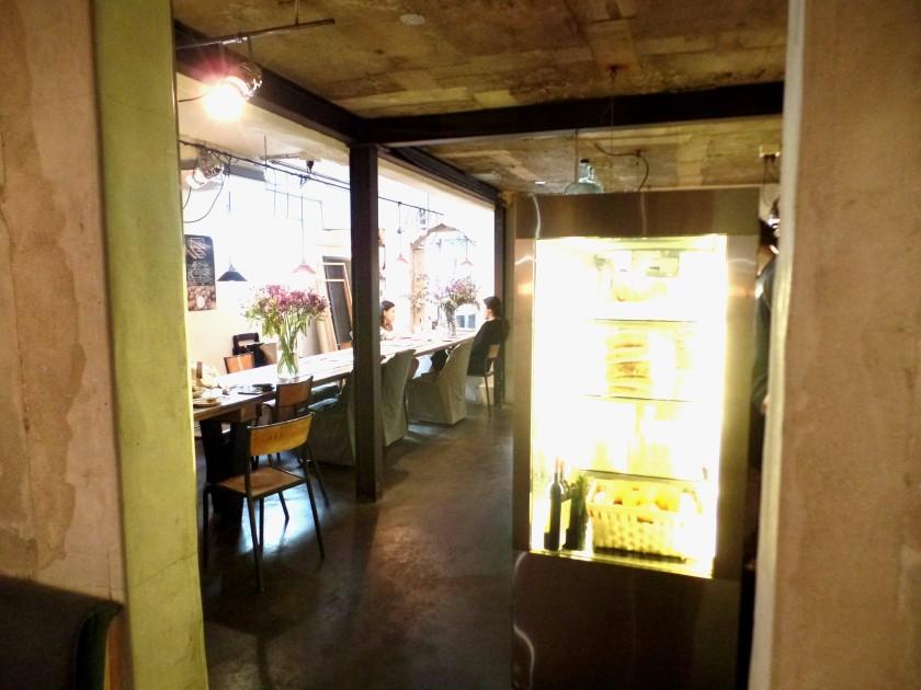Cafe Long Bread 002