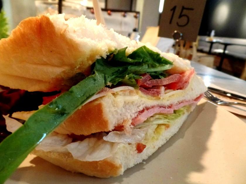 Cafe Long Bread 009