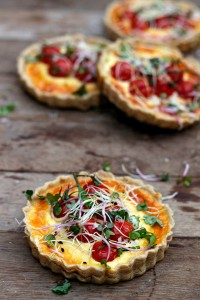 yellowlemontreeblog-com-tomato-and-goat-cheese-tart