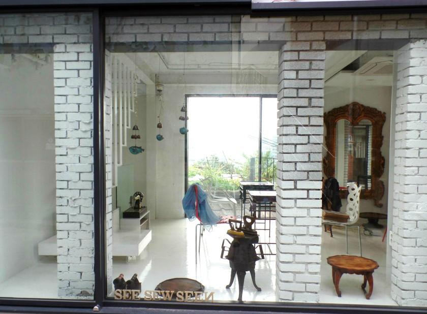 Ehwa Mural Village Seoul Korea 017
